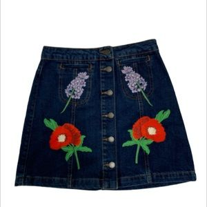 TOPSHOP MINI SKIRT JEAN SIZE 4 womens Embroidered